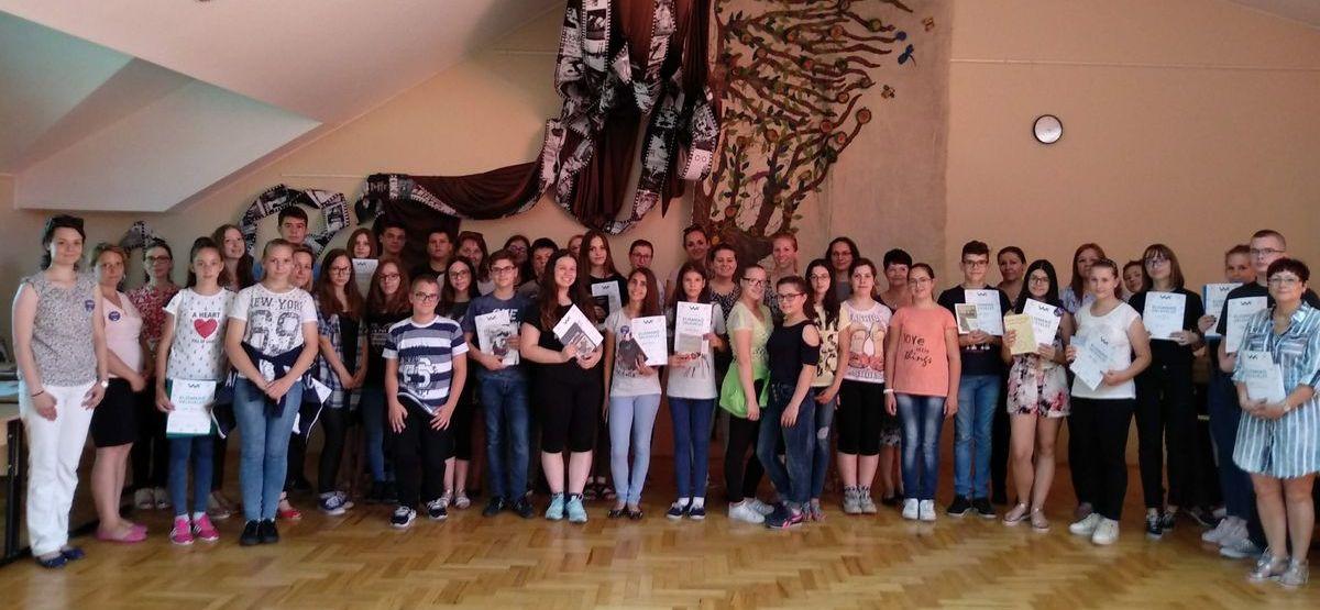 A Magyarra Hangolva dalszöveg fordító verseny döntőjének eredményei